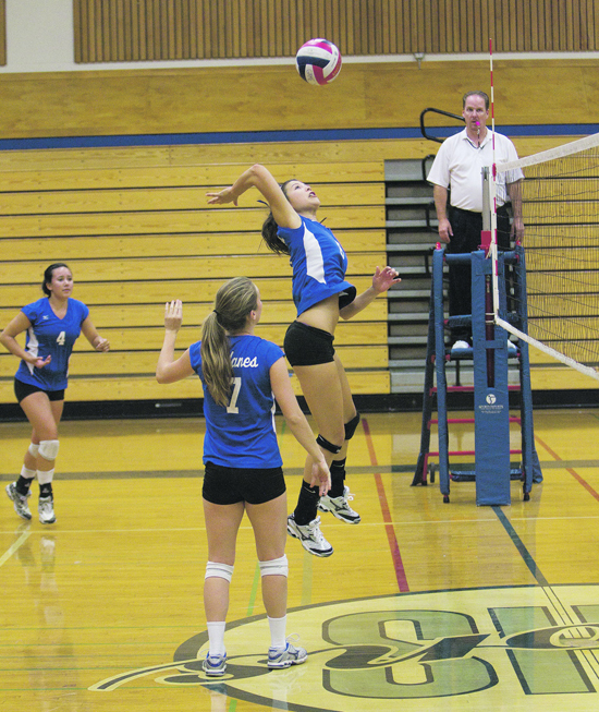 After a bleak start to the season, falling to both Miramonte and Campolindo,  the Lady Dons now ...By Abby Klinkenberg